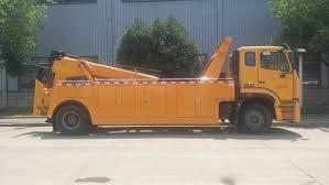100 Used Tow Trucks China Cheap Price Sinotruk HOWO 4X2 Rotate Wrecker Truck