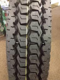 100 Good Truck Tires 11R245 Road Warrior Drive 660 11R245 Drive Tire