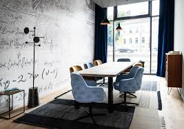En Suite Ideas Big Ideas For Small Spaces Meeting Room Wohnzimmer Living Room Hotel Freigeist