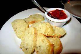 suce dans la cuisine complemenary bread with tomato suce stortini s retaurant bar