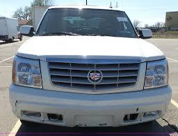 100 Cadillac Truck 2003 Escalade EXT Pickup Truck Item J4209 SOLD