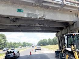 100 Bangor Truck Equipment Hits I95 Overpass Closes Godwin Bridge The Daily Record