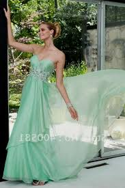 233 best ball gowns images on pinterest ball gowns prom