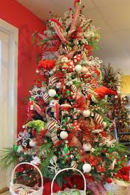 Whoville Christmas Tree by 43 Best Christmas Trees Elves Images On Pinterest Christmas
