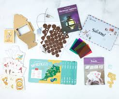 KiwiCo Atlas Crate Review & Coupon - MOROCCO June 2019 ... Deal Free Onemonth Kiwico Subscription Handson Science 2019 Koala Kiwi Doodle And Tinker Crate Reviews Odds Pens Coupon Code 50 Off First Month Last Day Gentlemans Box Review October 2018 Girl Teaching About Color Light To Kids With A Year Of Boxes Giveaway May 2016 Holiday Fairy Wings My Honest Co Of Monthly Exploring Ultra Violet Wild West February
