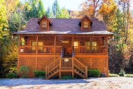 bear creek lodge spacious 5 bedroom cabin in pigeon forge tennessee