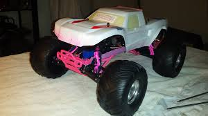 Fourdub's Traxxas Bigfoot!!
