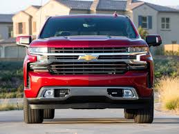 Full-Size Pickup Truck Comparison: 2019 Chevrolet Silverado | Kelley ... Class Of 20 The New And Resigned Cars Trucks Suvs Kelley Pickup Truck Best Buy 2019 Blue Book Chevrolet Silverado 4cylinder Turbo First Review Hd Look Wikipedia Commercial Truck Values Kbb Youtube Volkswagen Atlas Tanoak Cross Sport Concept Kbbcom Names 10 Waving Goodbye In 2012 Explains Impact On 2018 Ford F150 Enhanced Perennial Bestseller This Week In Car Buying Sales Slow Down Small Suv Prices Soften