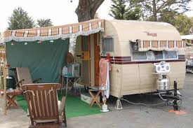 Vintage Trailer Awnings, From OldTrailer.com Used Camper Awnings For Sale Awning Alinum Chrissmith Rv Parts Canada Your Tocoast Dealer Diy Rv Led Lights Under Lawrahetcom Vintage Trailer From Oldtrailercom Leo And Kathys Place 1999 Safari Trek 26 Gas Owls Motorhome Pop Up Self Sewing Canvas Online Picture Coleman Bag Rvs For Sale