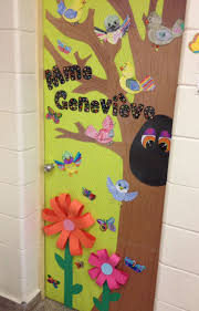 Spring Classroom Door Decorations Pinterest by 113 Best Porte Images On Pinterest Doors Classroom Ideas And