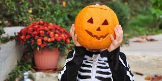 Healthy Halloween Candy Commercial Youtube by 18 Fun Halloween Trivia U0026 Facts Interesting Halloween Stats