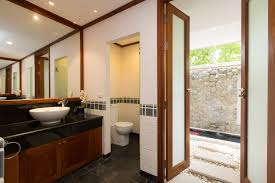 villa agrya master bedroom ensuite bathroom layout