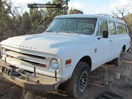 1968 Chevrolet Suburban Information and photos MOMENTcar