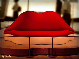 Salvador Dali Mae Wests Lips Sofa by Let U0027s Look At It This Way Picture Blog 22 Dalí Mind Of A Genius