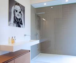 die richtigen duschabläufe für ihre badezimmerböden l