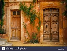 100 Ochre Home Painted House In Roussillon Stock Photos