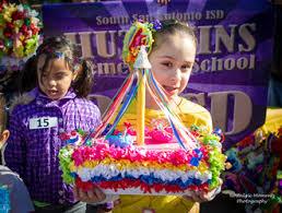 Parade Float Decorations In San Antonio by Shoebox Parade Fiesta Especial 2018