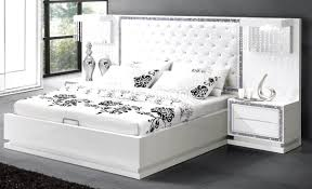 chambre a coucher blanc laqué beau chambre a coucher blanc design et chambre coucher blanc laque