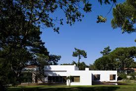 100 Frederico Valsassina Casa No Banzo Ll By Arquitectos Benevivit