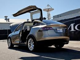 This Is Why The Gullwing Doors The New Tesla Are Stupid