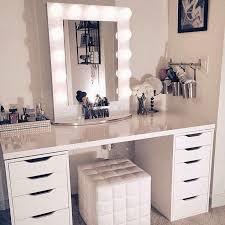 meuble chambre coiffeuse meuble chambre rangement bijoux maquillage miroir lumière