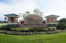 100 Wellington Equestrian Club Center Living