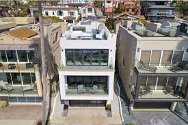 100 Beach Houses In La Phil Mickelsons Former Beach House Gets Teed Up For Sale In