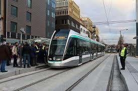 metro denis porte de le tramway t8 en service connaissance du rail