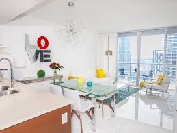 100 Four Seasons Miami Gym Luxurious Designer CondoOcean And River ViewsSmart TVsFree POOL SPA GYM Downtown
