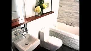 holz regalbrett badezimmer einrichtung tipps modern fliesen