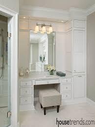 Diy L Shaped Bathroom Vanity by Best 25 Bathroom Makeup Vanities Ideas On Pinterest Small