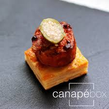 canape firr valencian spice prawns canapes catering