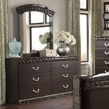 signature design by ashley vachel 6 drawer dresser with mirror