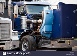 100 Truck Shop Sayville Hood Open Stock Photos Hood Open Stock Images Alamy