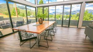 100 Glass Floors In Houses House Accommodation High Country Victoria Australia