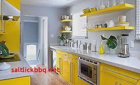 deco cuisine marron deco cuisine jaune et marron idée de modèle de cuisine
