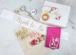 Lively Wedding Box May 2018 Subscription Box Review + Coupon ...