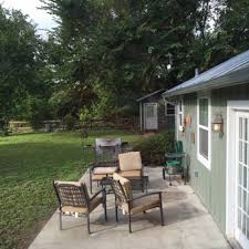 Absolute Charm Bed and Breakfast Reservation Service 110 s