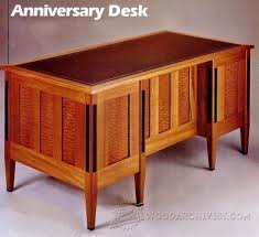 Resolute Desk Replica Plans by Reproduction Of John F Kennedy U0027s Resolute Oval Office Desk At