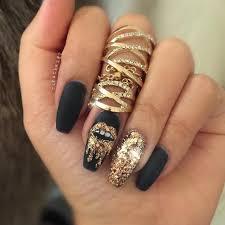 Black gold nail design Nail Art Pinterest