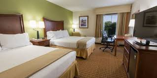 Holiday Inn Express & Suites Asheville SW Outlet Ctr Area Hotel