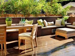 Your Guide to Buying Deck Furniture
