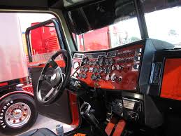 100 Semi Truck Interior Which Is Better Peterbilt Or Kenworth Raneys Blog