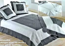 jetée de canapé d angle couvre lit boutis pas cher jete de lit boutis jete de canape d