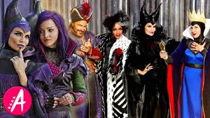 Cast Of Halloween by 12 Fast Facts On The Cast Of Descendants Parents Version Youtube