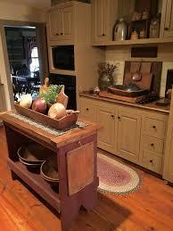 Primitive Decor Kitchen Cabinets by 7898 Best Primitive Images On Pinterest Country Primitive