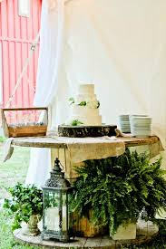 Simple Elegant Wedding Cake Rustic Stand