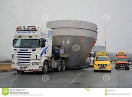 Oversize Load Truck Stock Photos - Download 304 Images