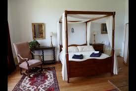 chambre classe dormez au cœur d un jardin dans un site classé chambres d hotes à