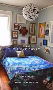 deep sea tie dye bedspread ilovetocreate